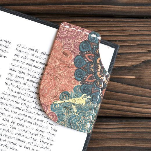 Mary Bookmark Oriental
